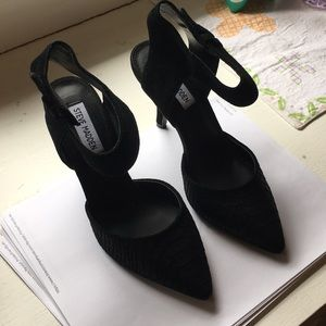Steve Madden black scale high heels